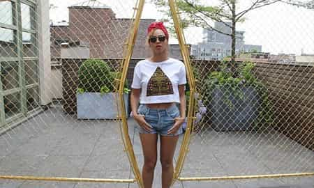 #DENIMLOVERS BEYONCE LOVES HER CITIZENS OF HUMANITY DENIM CUT OFF SHORTS