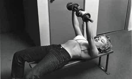 Marilyn Monroe lifting barbells