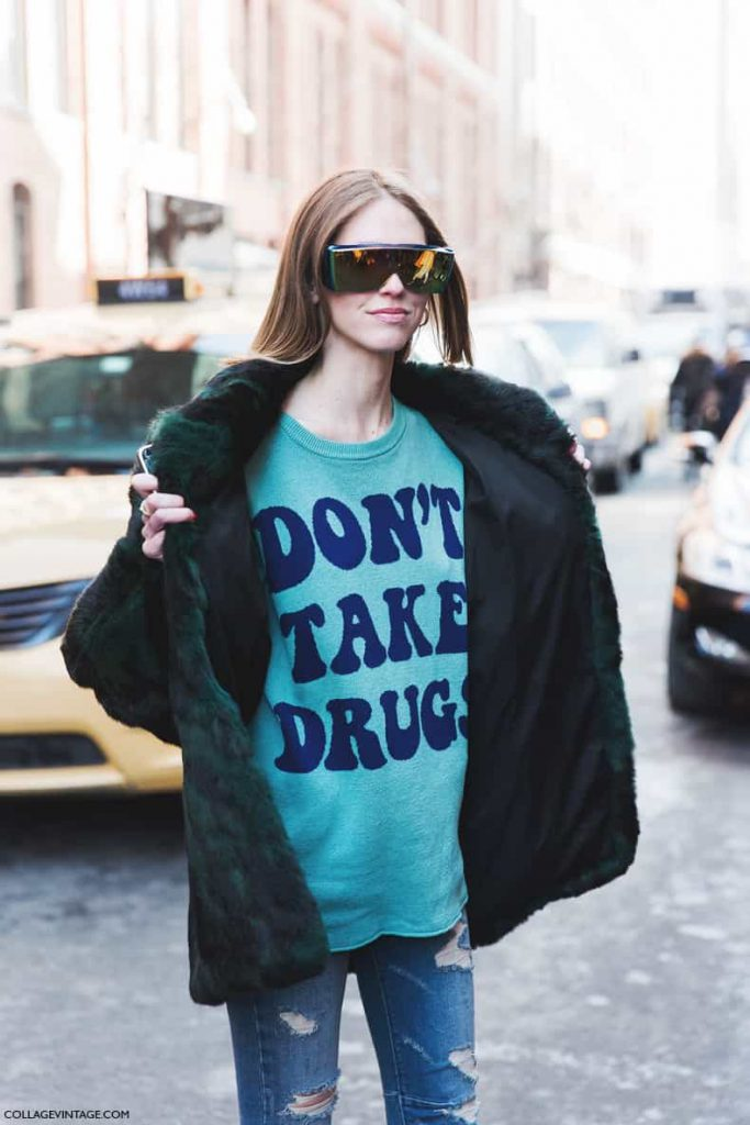 New_York_Fashion_Week-Fall_Winter_2015-Street_Style-NYFW-Chiara_Ferragni-Jeremy_Scott_Sweater--790x1185